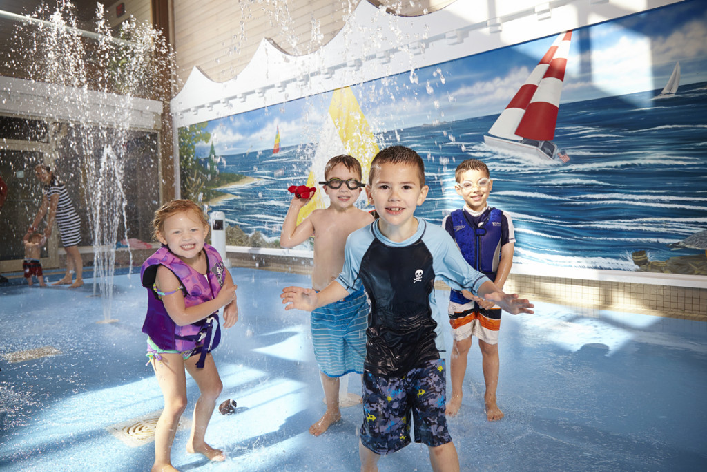 OSPL_MB Kids in indoor splash area 3